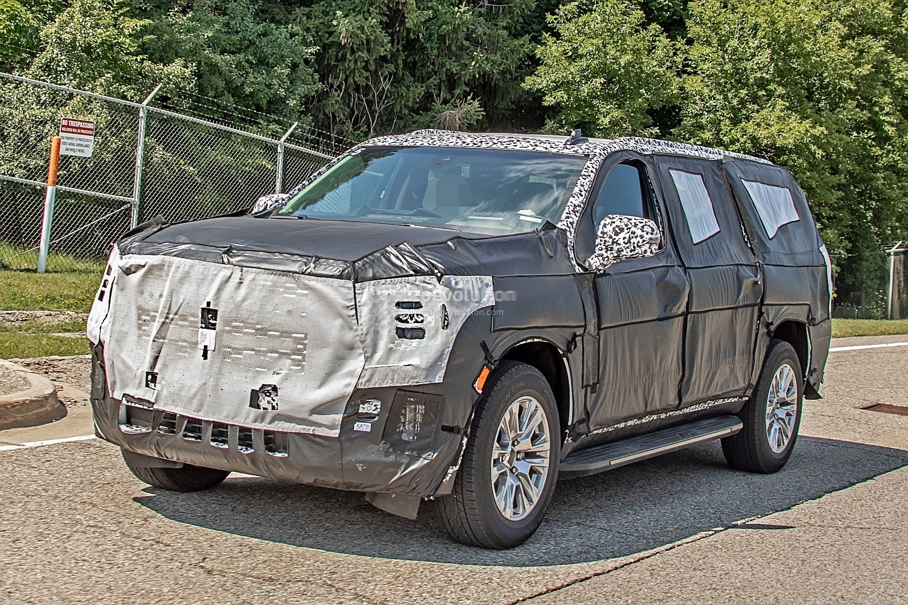 2021 gmc yukon spied in xl denali configuration out in the
