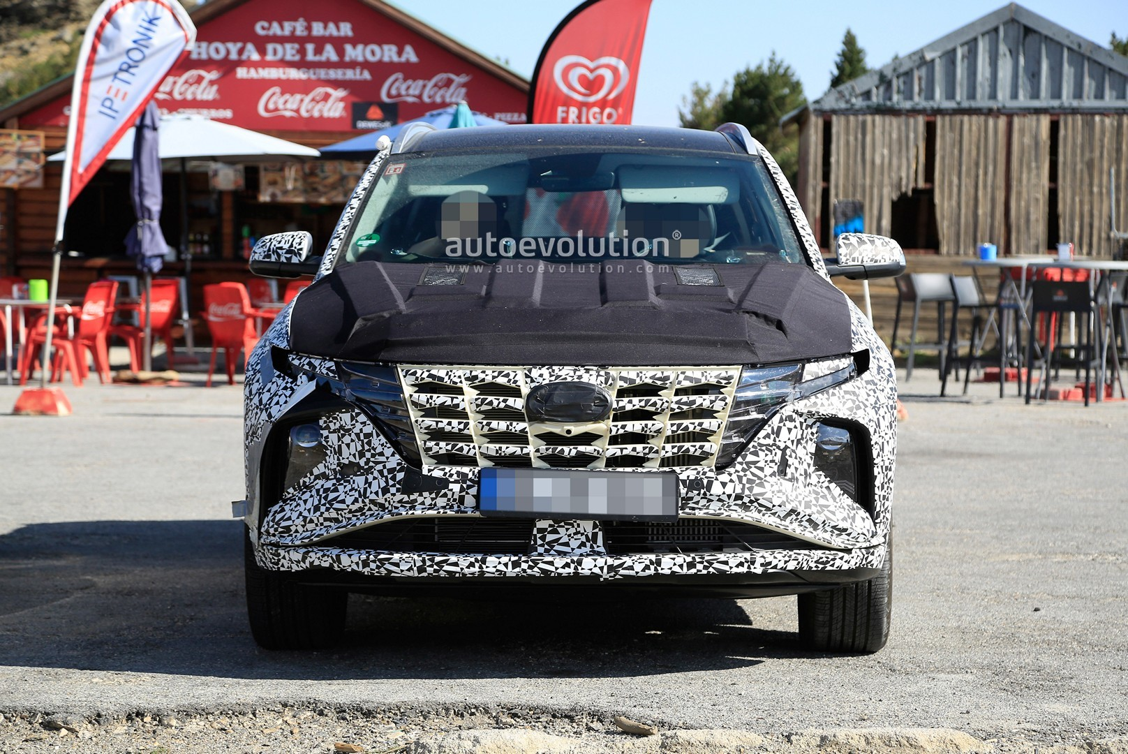 [Imagen: 2021-hyundai-tucson-makes-spyshots-debut...epic_1.jpg]