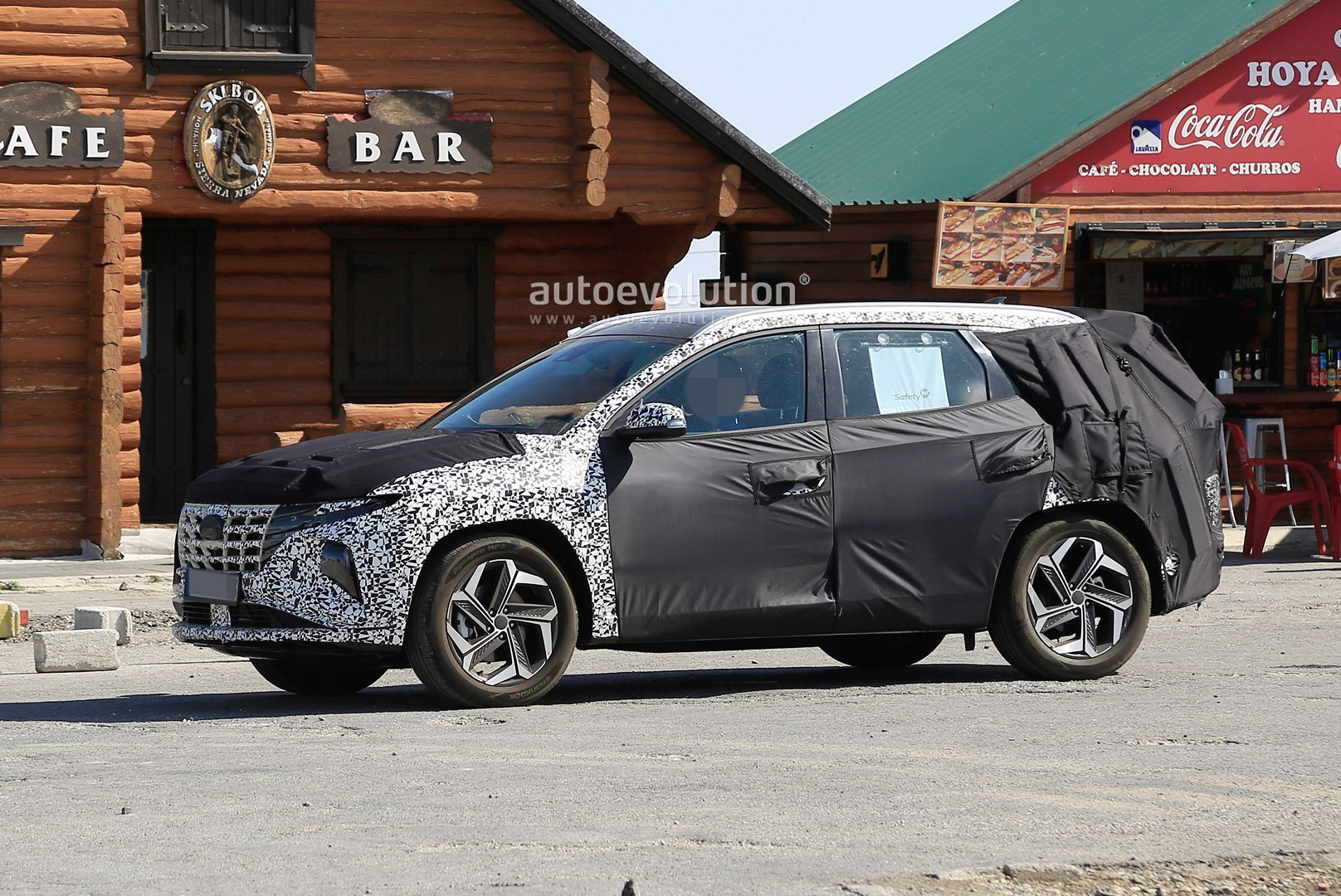 [Imagen: 2021-hyundai-tucson-makes-spyshots-debut...epic_2.jpg]