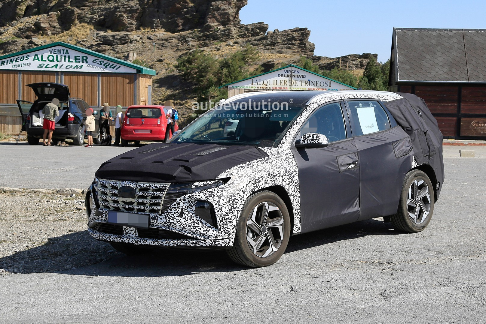 [Imagen: 2021-hyundai-tucson-makes-spyshots-debut...epic_5.jpg]