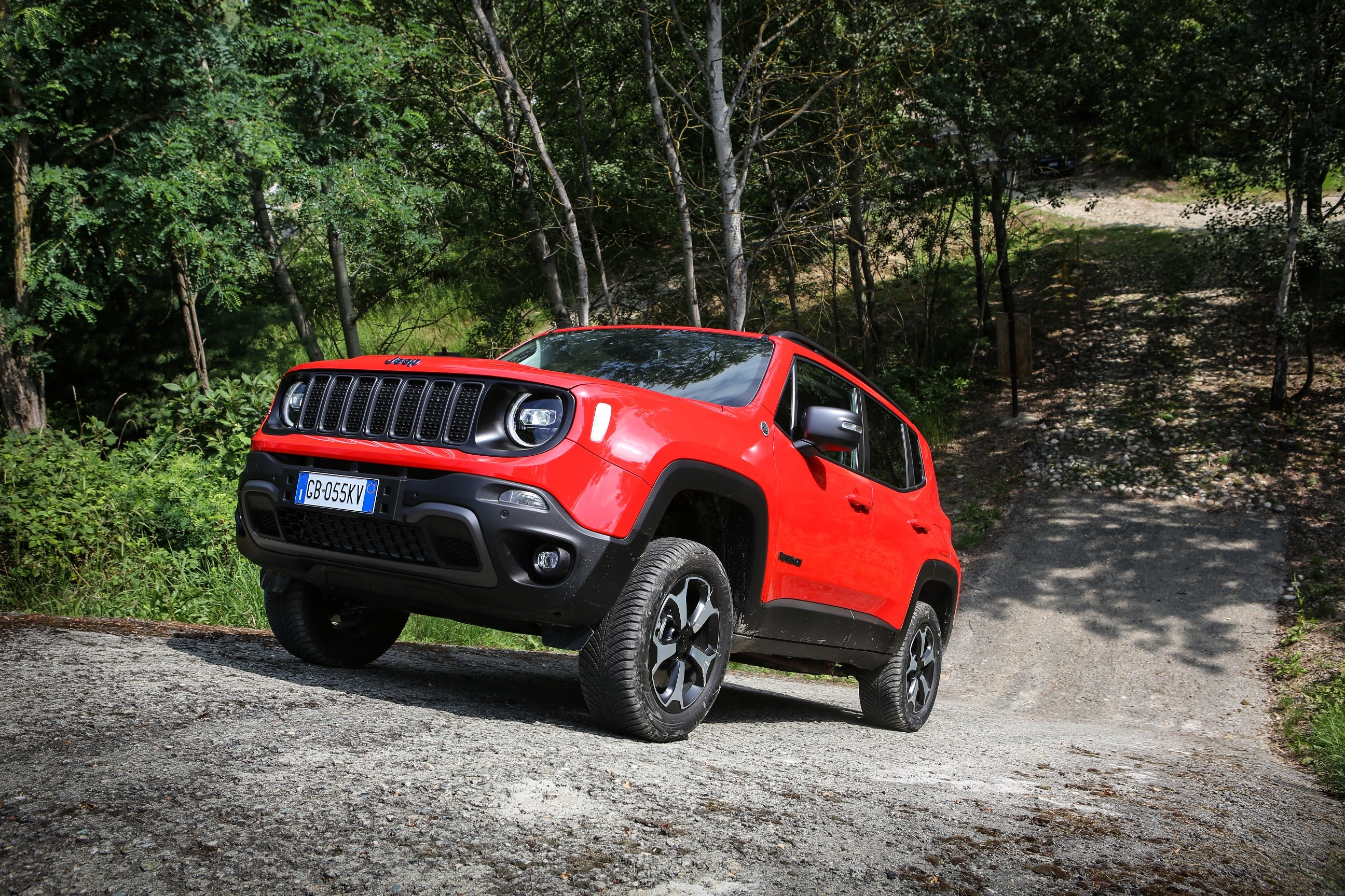 2021 jeep renegade 4xe plugin hybrid price announced in