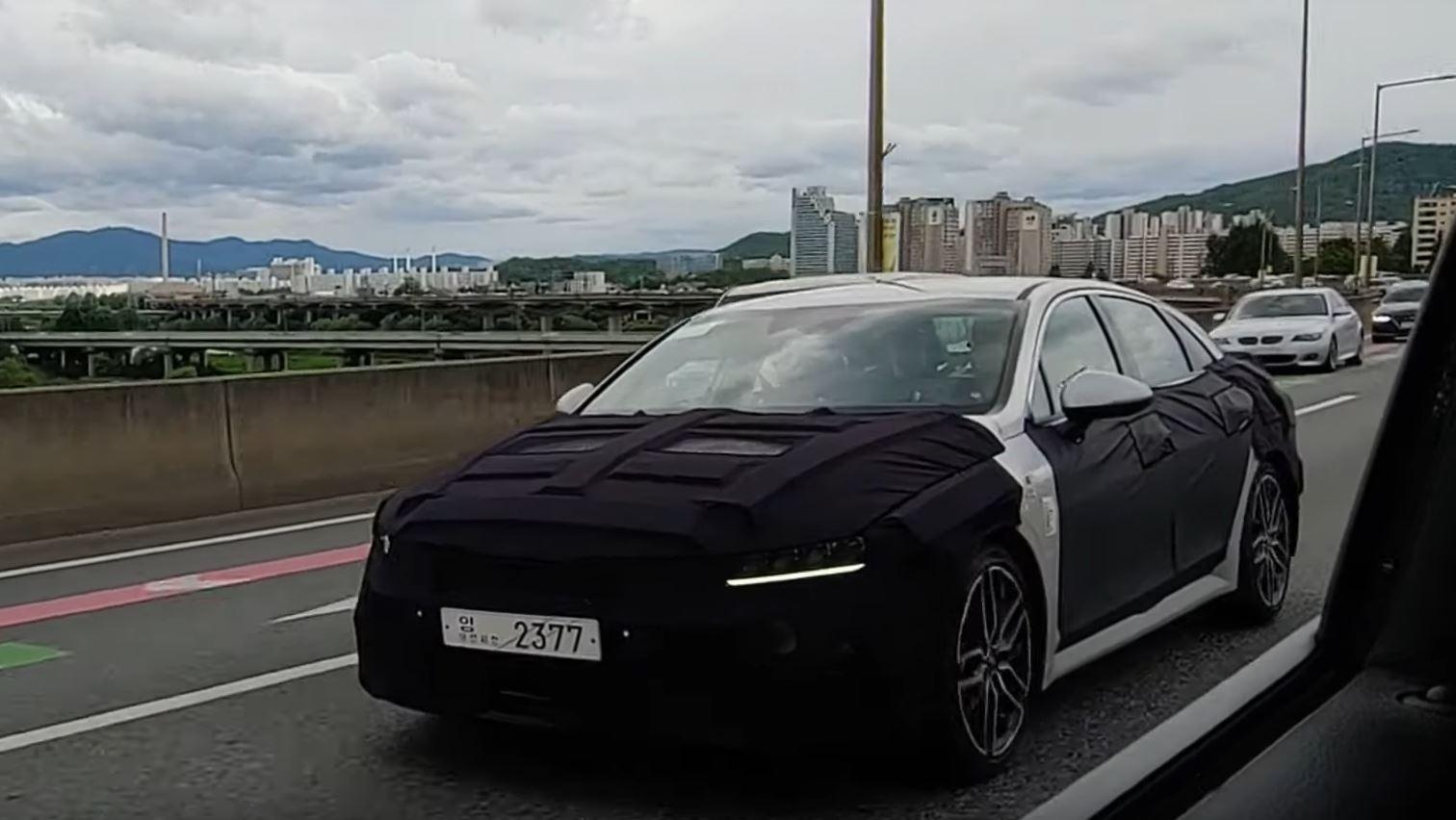 2020 Kia Optima mkV 8