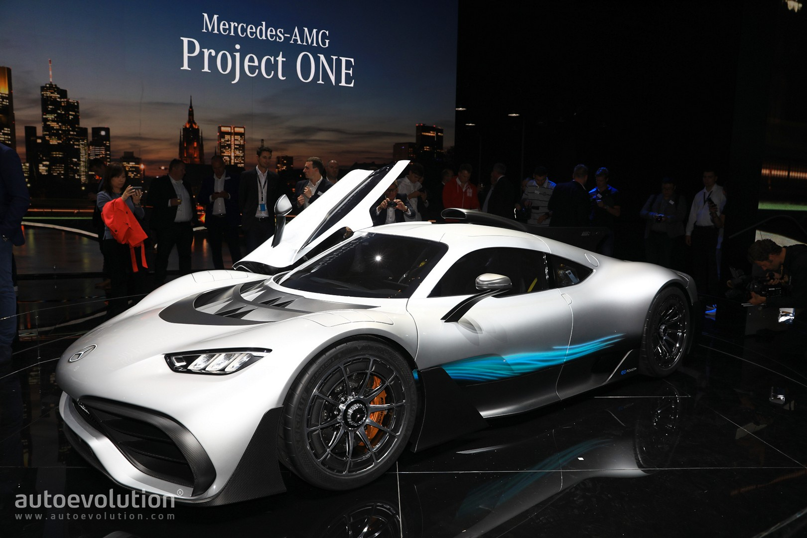 2021 Mercedes-AMG ONE Meets Lewis Hamilton at the Race ...