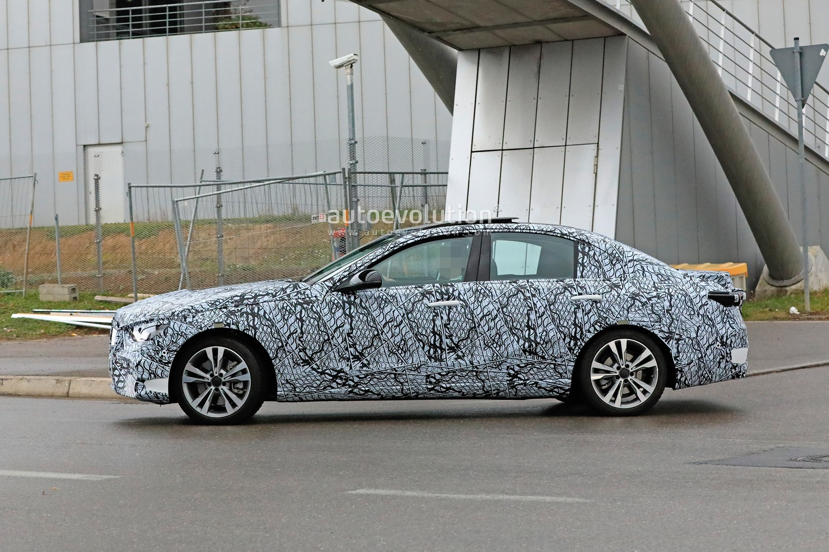 2021 Mercedes-Benz C-Class Sedan (W206) Makes Spyshots ...