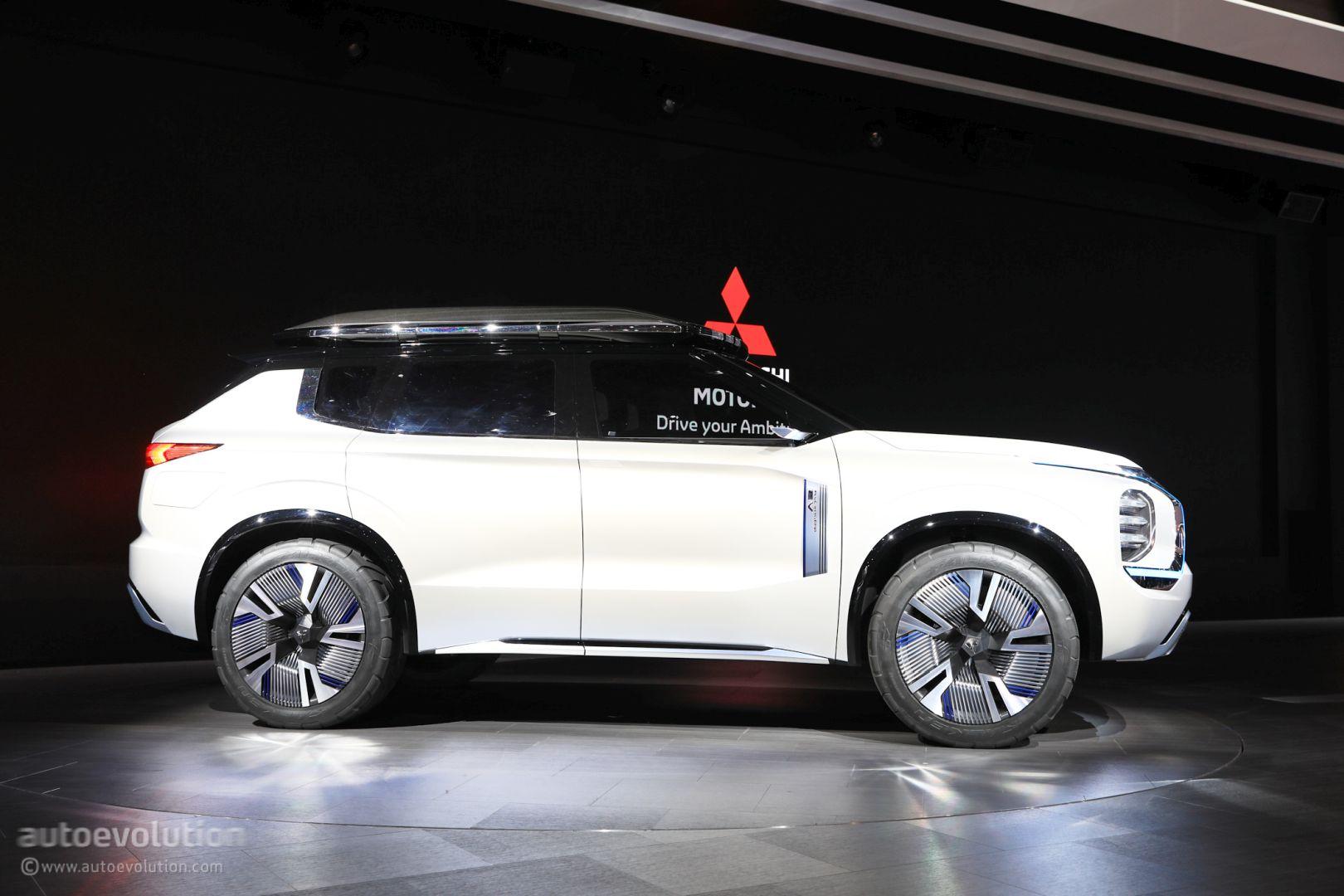 2021 mitsubishi outlander rendering reveals futuristic