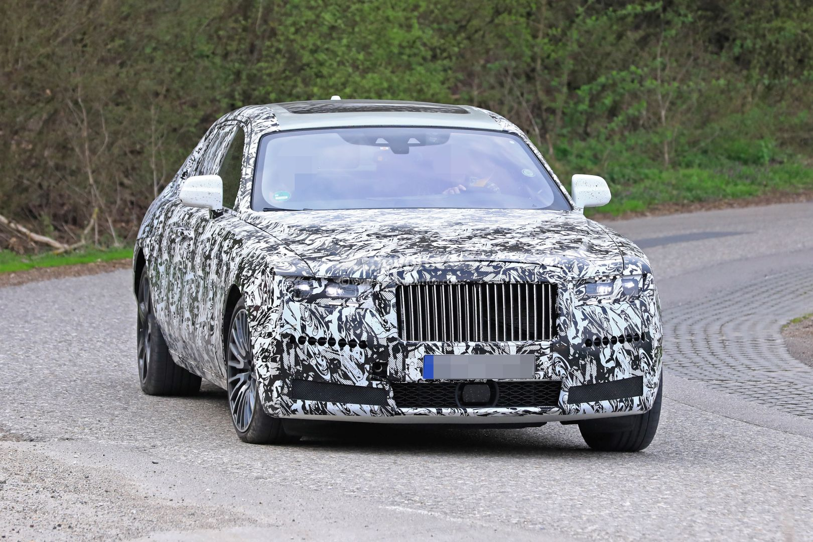 2021 Rolls-Royce Ghost Prototype Spotted On The Road ...