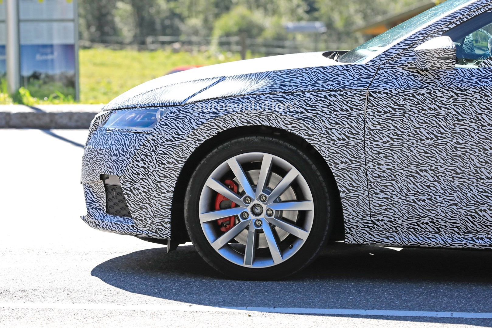 2021 Skoda Octavia RS Spied for the First Time as Wagon ...