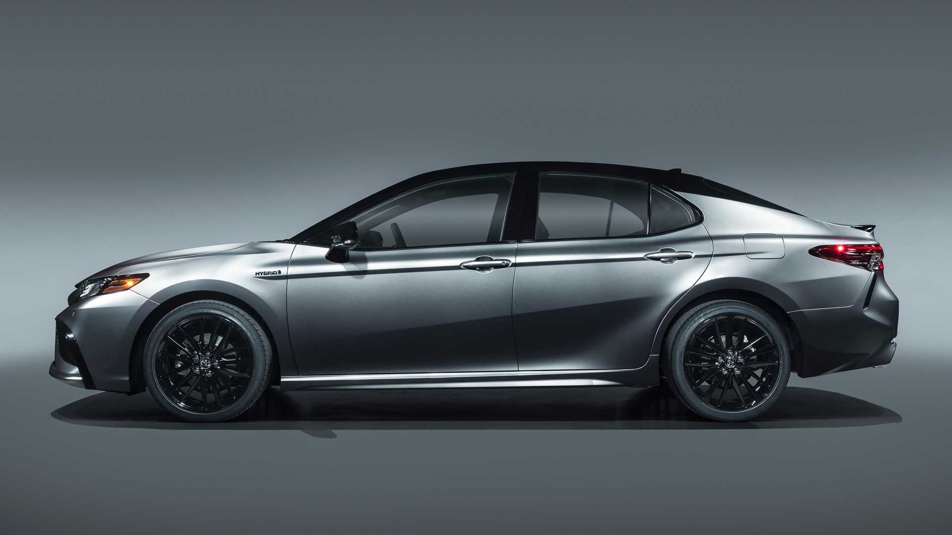 2021 Toyota Camry Arrives As Xse Hybrid And Introduces