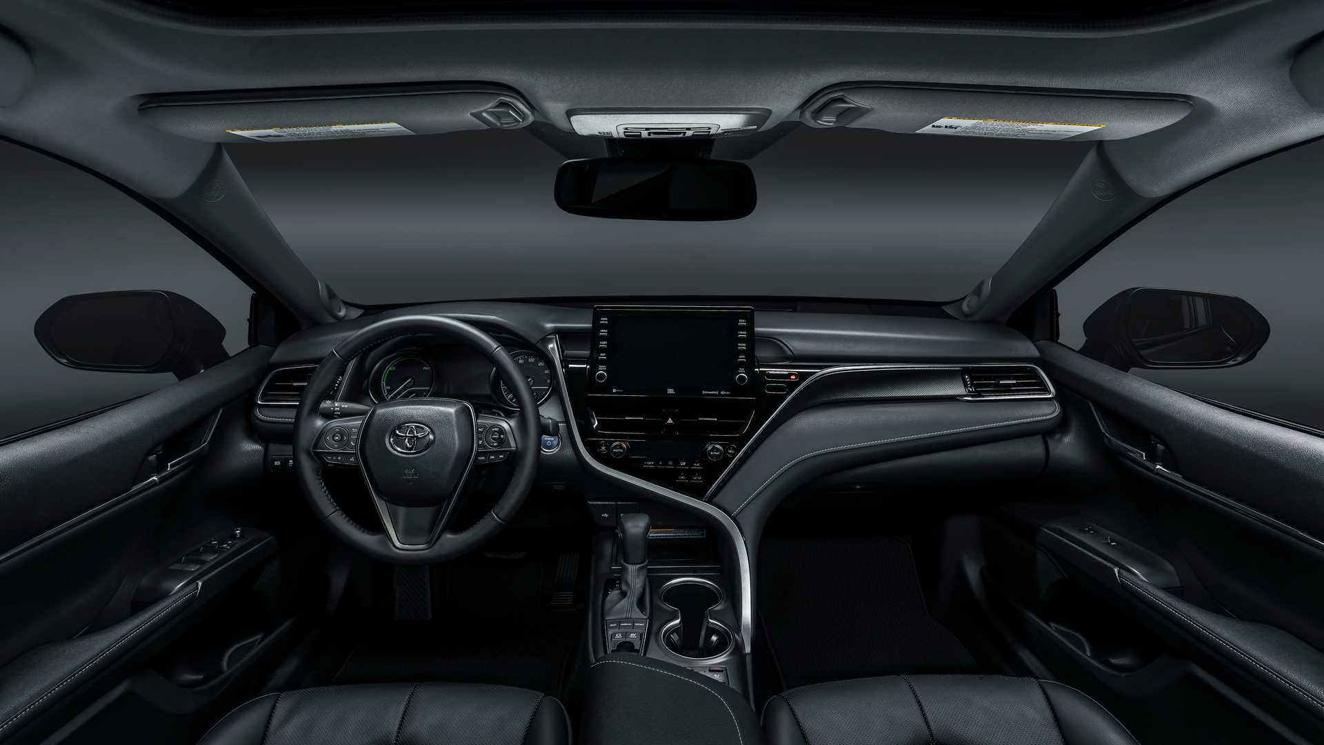 camry toyota xse hybrid safety sense interior arrives better introduces changes motor1 corolla sedan range does upgrades