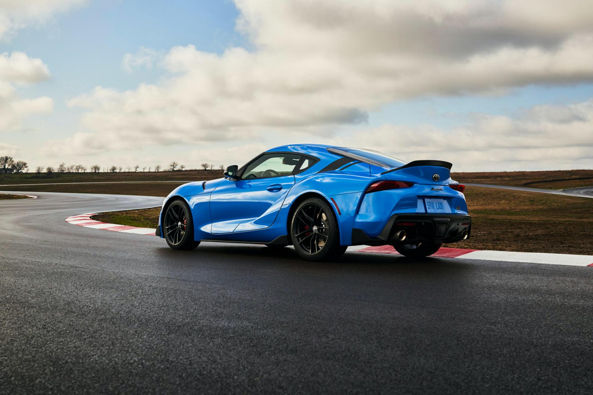 2021 toyota supra 20 starts from 43000 4cylinder