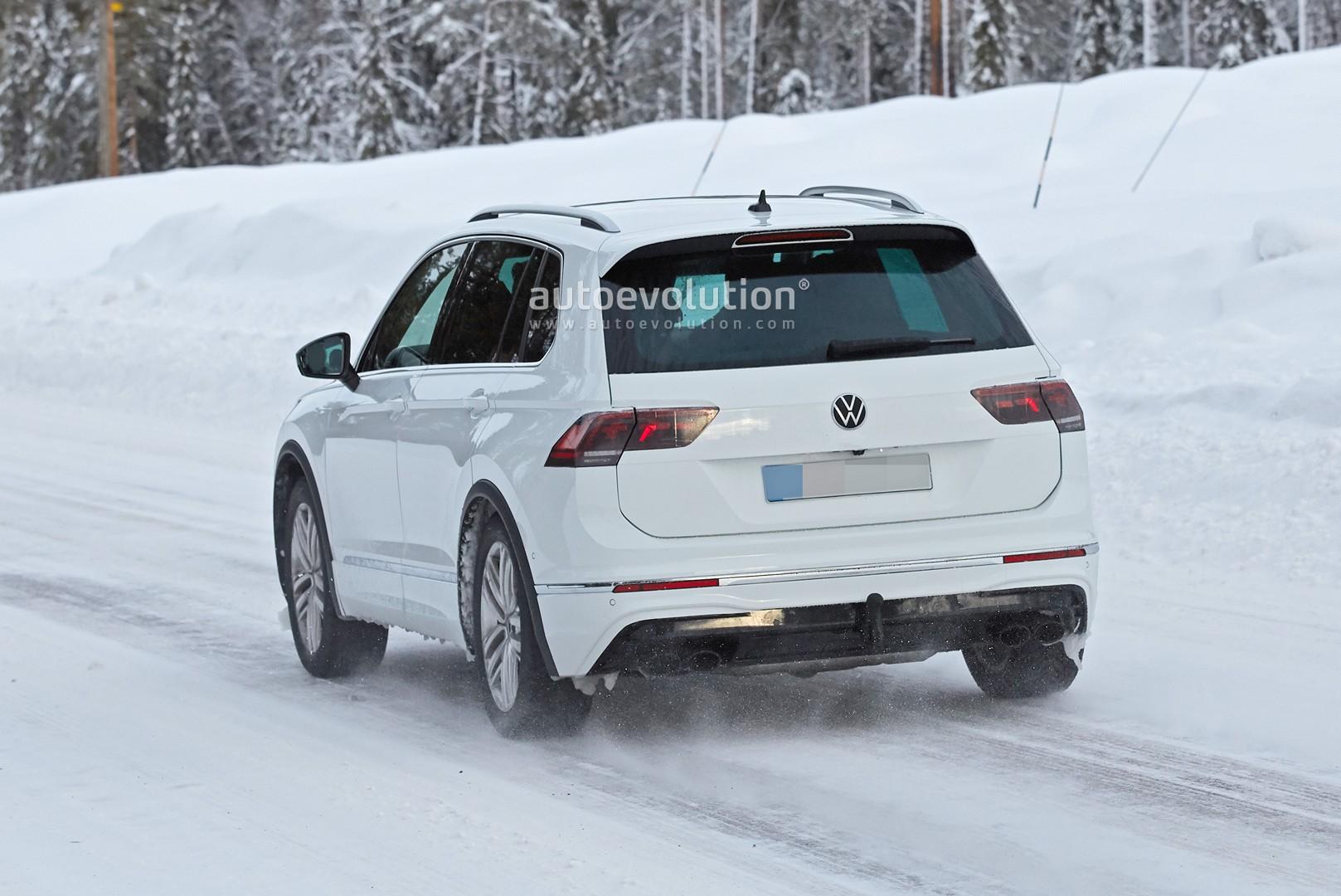 2021 Volkswagen Tiguan R Spied, Should Get 333 HP from 2.0 ...