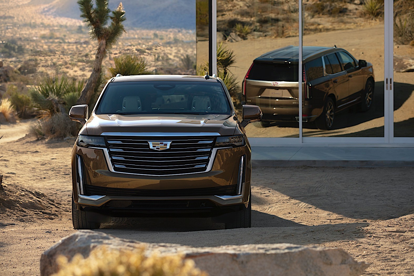 3 Cadillac Escalade V Rendered, Would Ideally Feature Blackwing