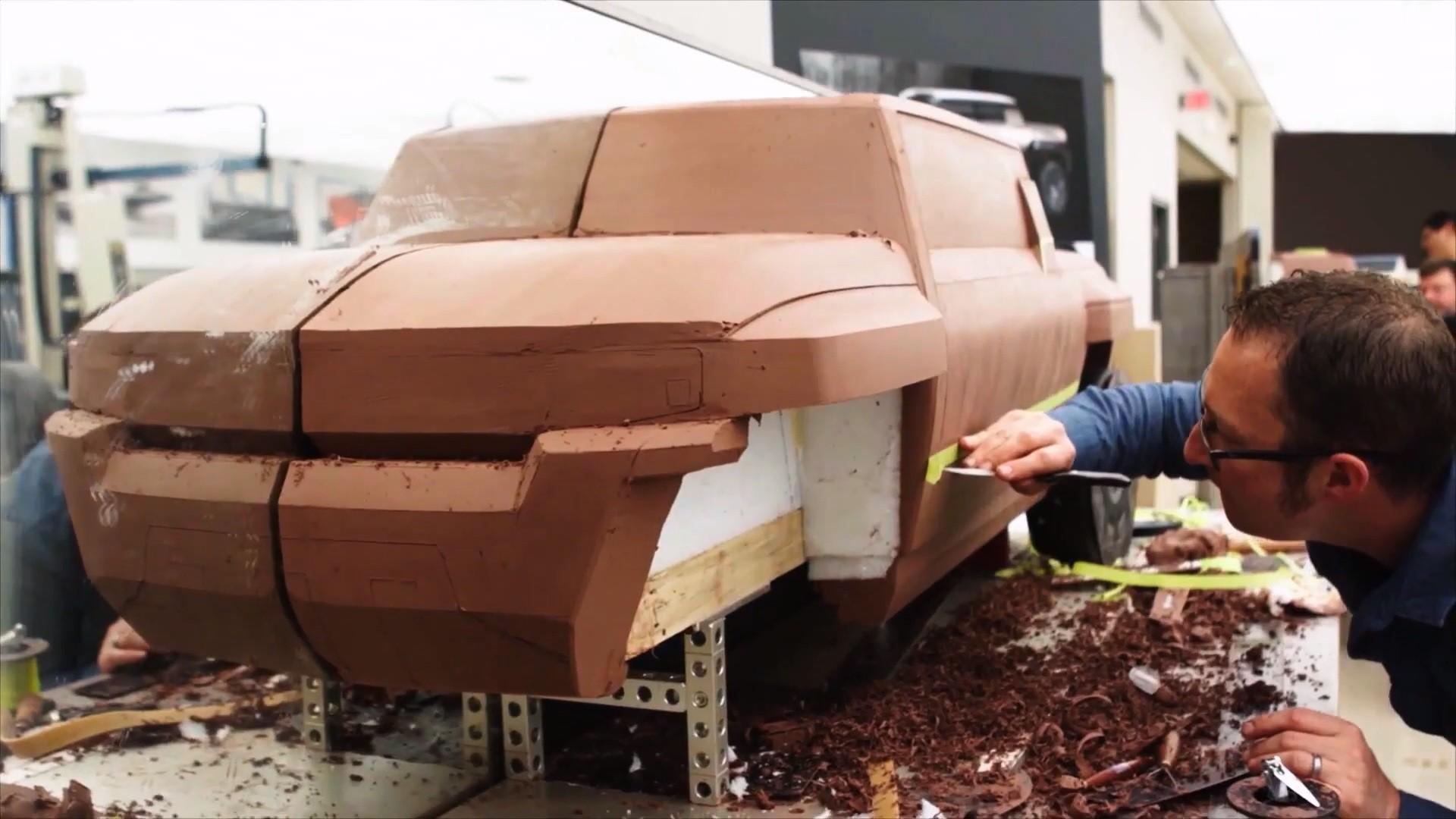 2022 GMC Hummer EV Video Teaser Confirms Fall 2021 ...