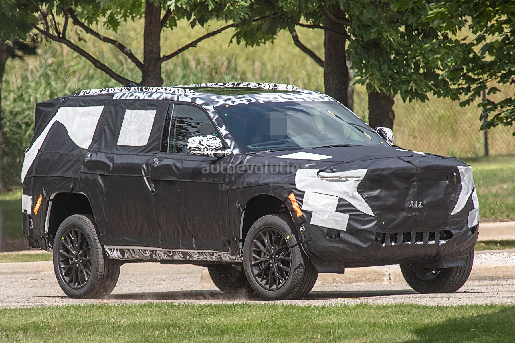 Jeep Grand Wagoneer 2018 >> 2022 Jeep Grand Cherokee-Based Large SUV Spied With Air ...
