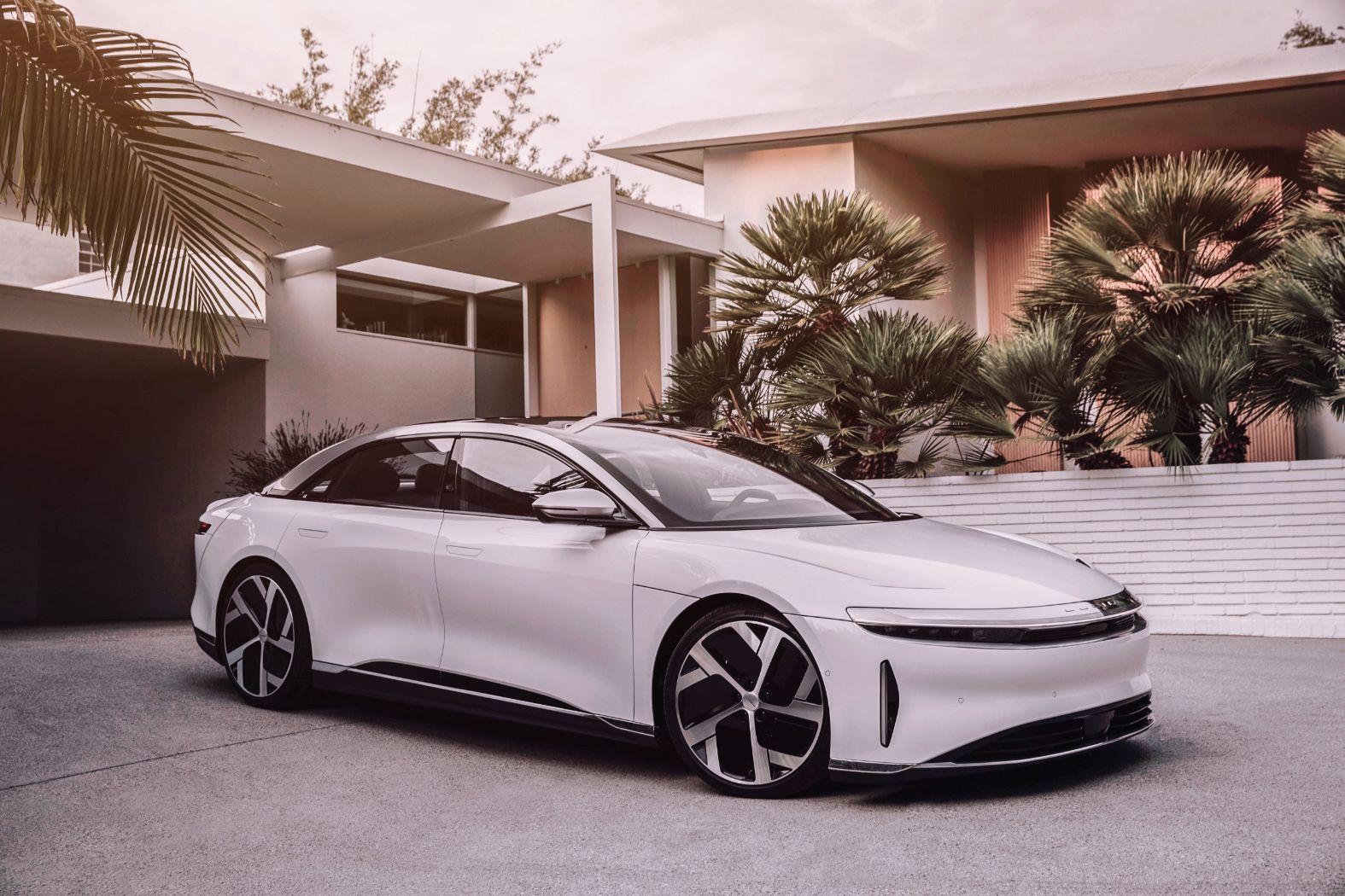 2022 Lucid Air EV Sedan Is Like a Next-Level Tesla ...
