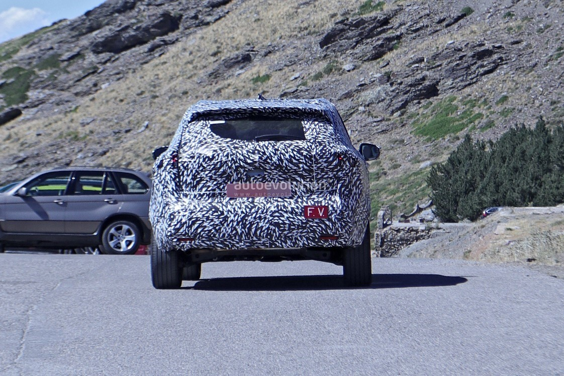2020 - [Nissan] Qashqai III - Page 3 2022-nissan-qashqai-rogue-sport-spied-testing-looks-pretty-sharp_20