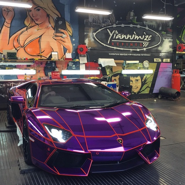 21 Year Old Youtuber S Lamborghini Aventador Gets Tron