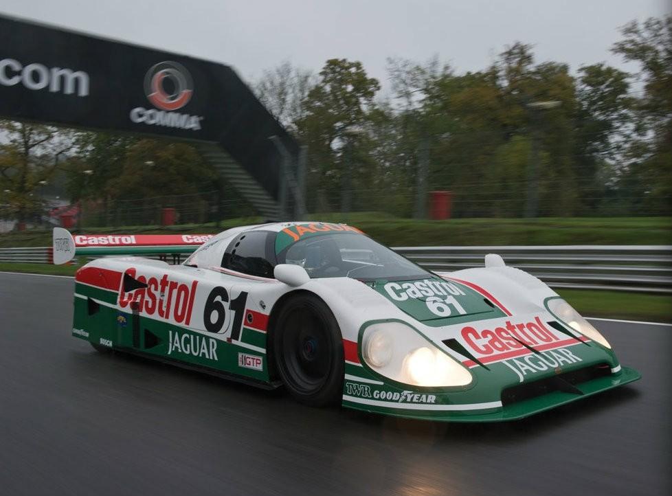 24 Hours of Daytona-Winning Jaguar Racecar Heading to Auction [Video ...