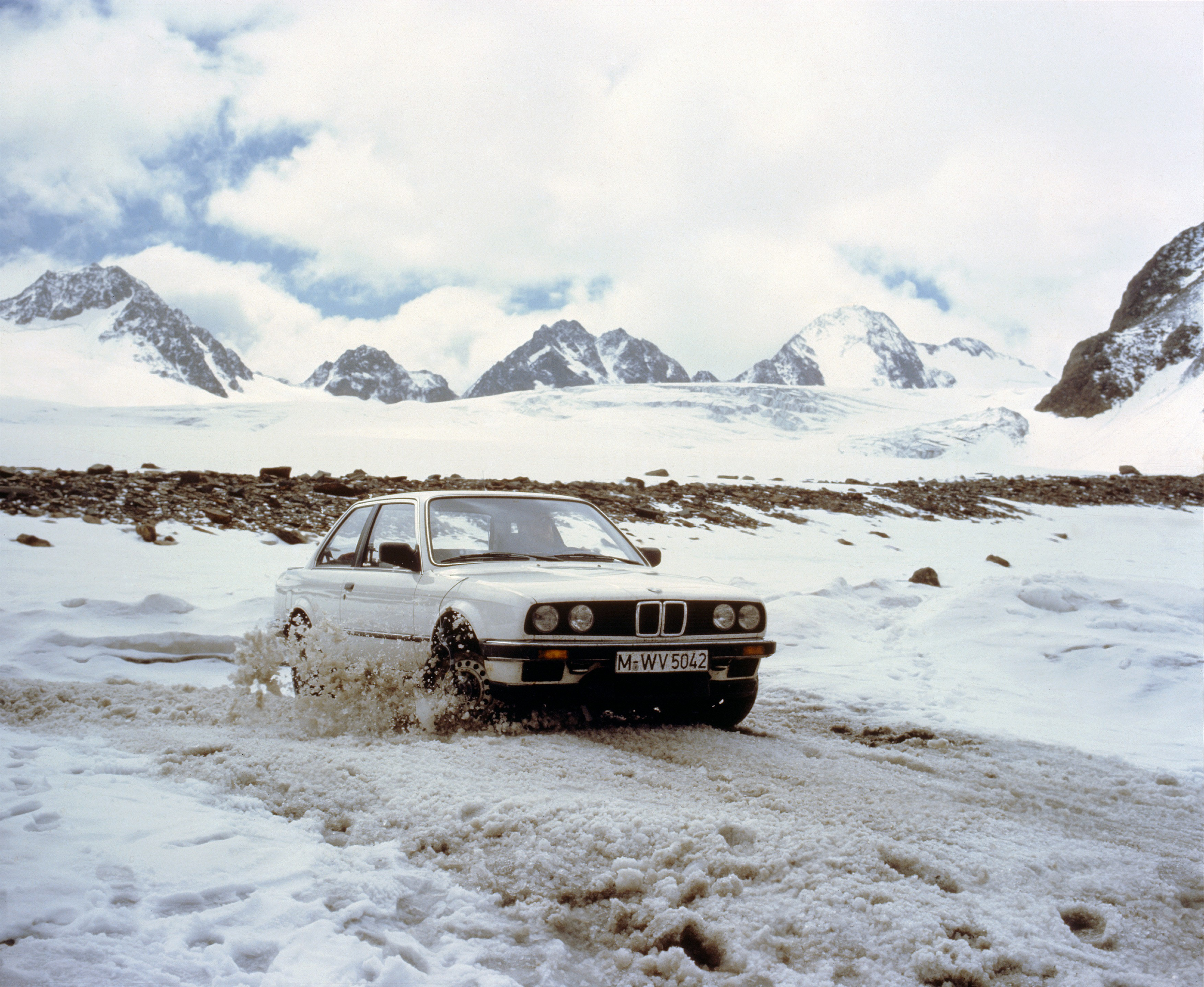 30 Years of BMW All-Wheel-Drive Cars: Going from Mechanical to