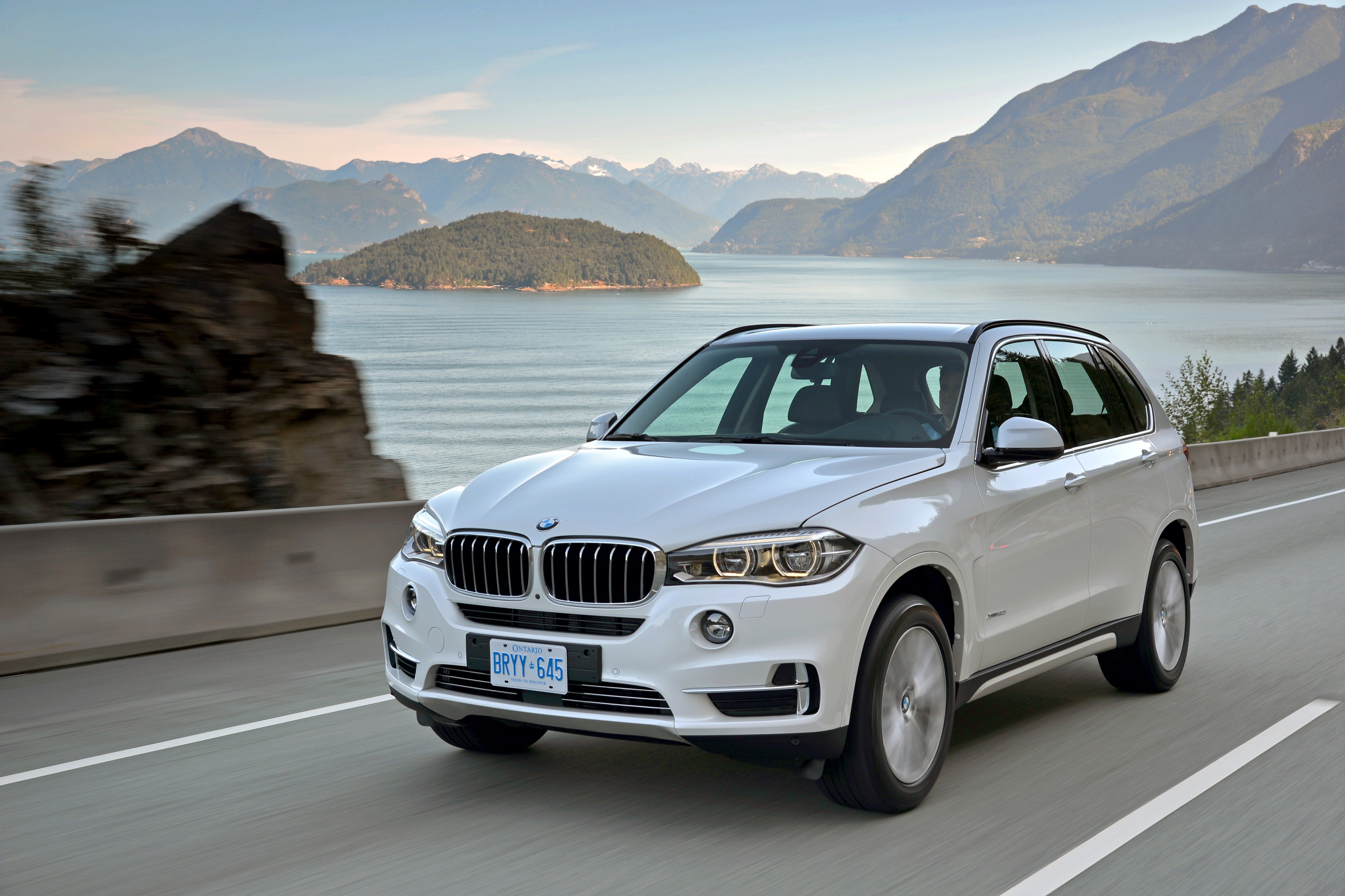 30 Years Of Bmw All Wheel Drive Cars Going From Mechanical To Hybrid Systems