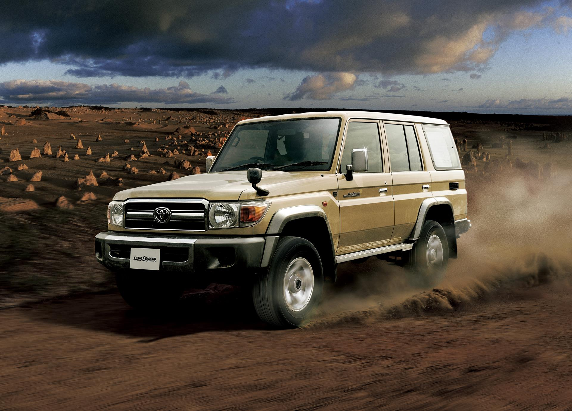 Land Cruiser J70 >> 30 Years Of Toyota Land Cruiser 70 - Celebrating With Limited Edition Models - autoevolution