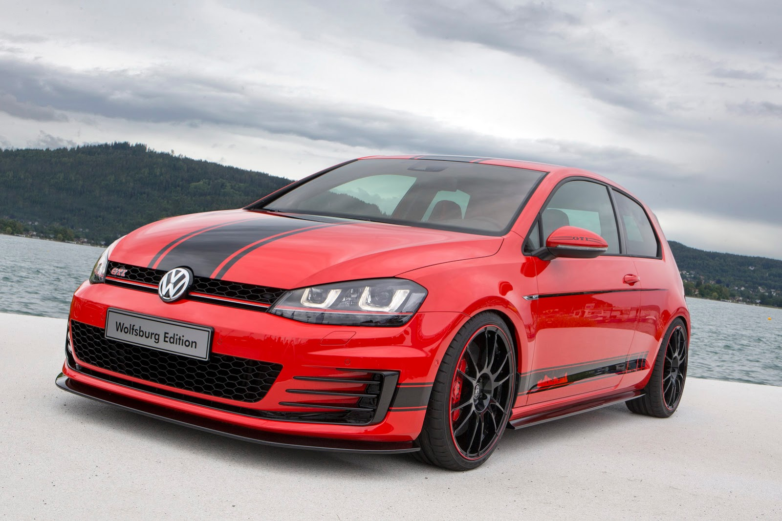 380 hp golf gti wolfsburg edition revealed at worthersee. Black Bedroom Furniture Sets. Home Design Ideas