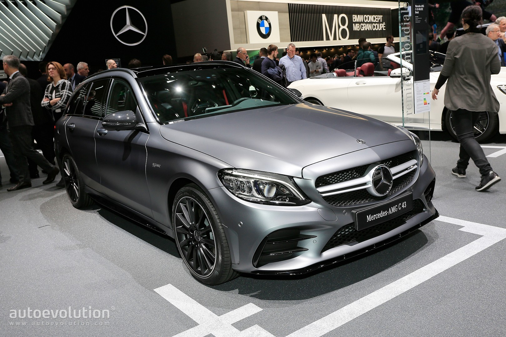 390 Hp C43 Spearheads C Class Facelift Family In Geneva Autoevolution