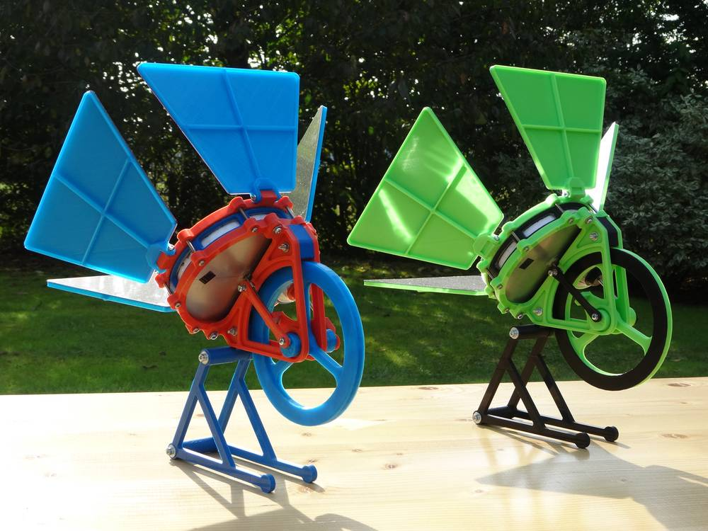 3d Printed Stirling Engine Works On Solar Power And A