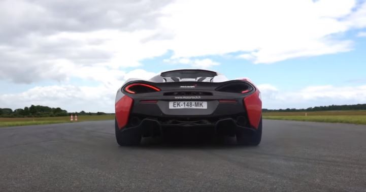 650 hp mclaren 540c beats 675lt in 0 to 211 mph 300 km h acceleration comparison autoevolution. Black Bedroom Furniture Sets. Home Design Ideas