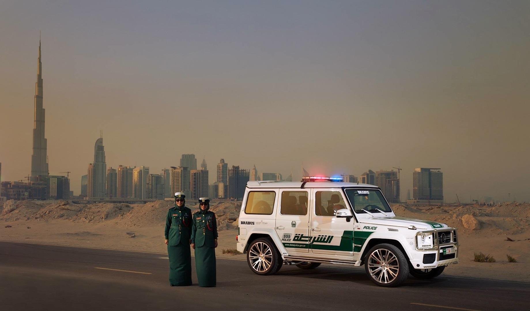 700 HP Brabus Mercedes G63 AMG Becomes Dubai Police Car - autoevolution