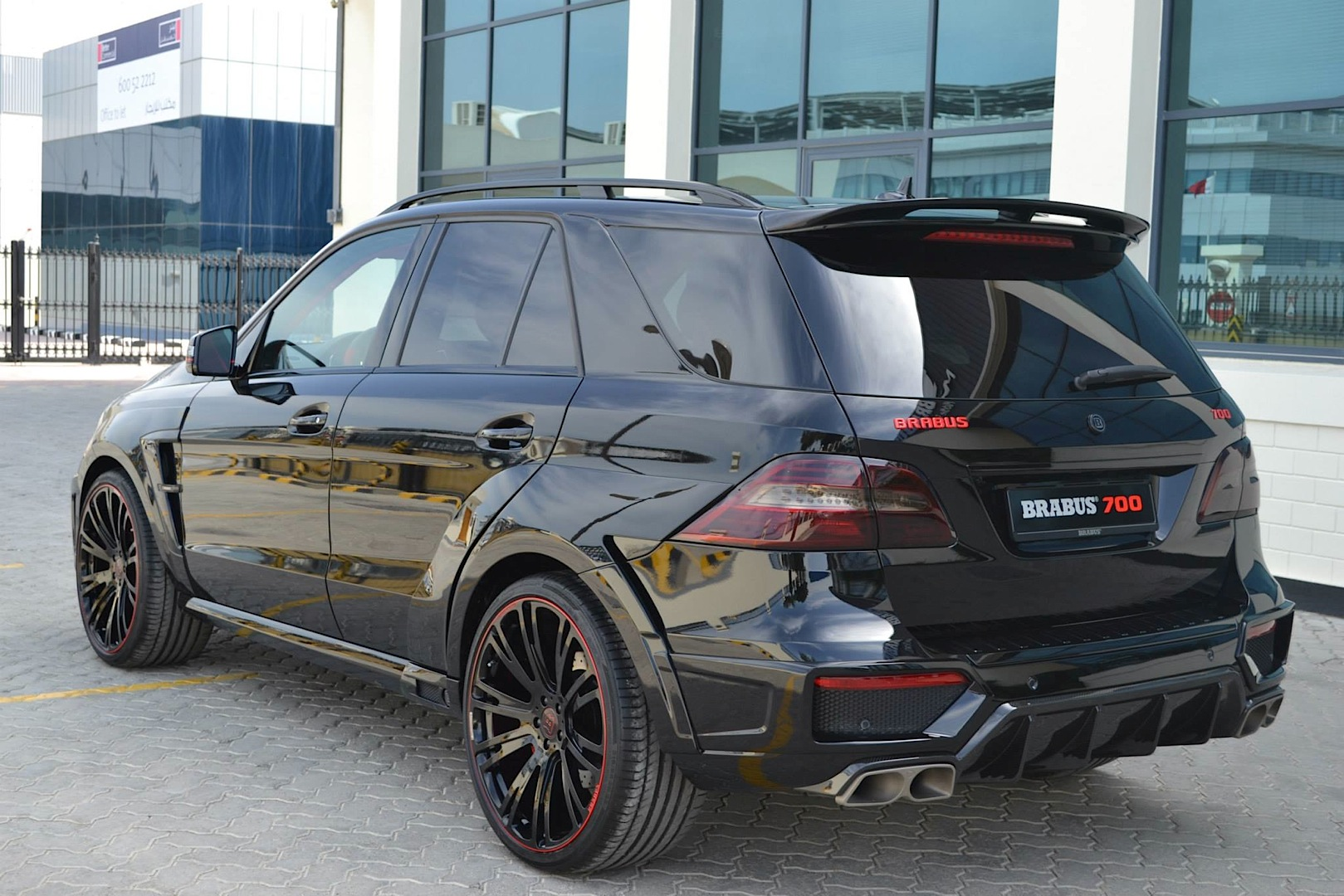 700 Hp Brabus Ml 63 Amg Doesn T Play Around Autoevolution