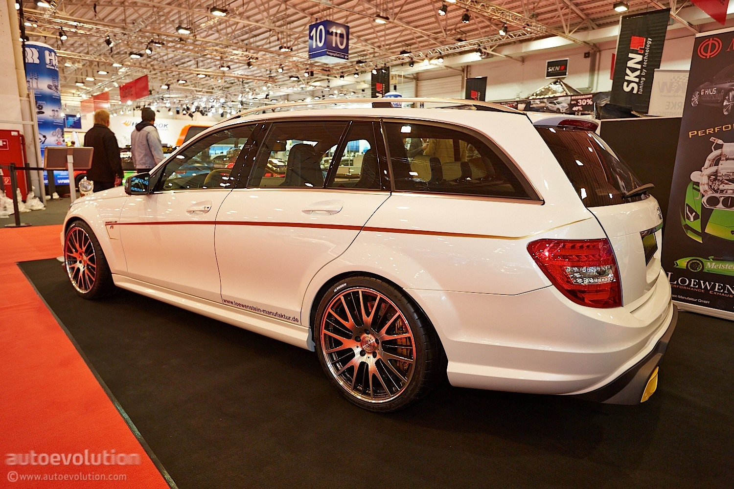702 hp c 63 amg wagon by loewenstein at essen motor show photo gallery autoevolution. Black Bedroom Furniture Sets. Home Design Ideas