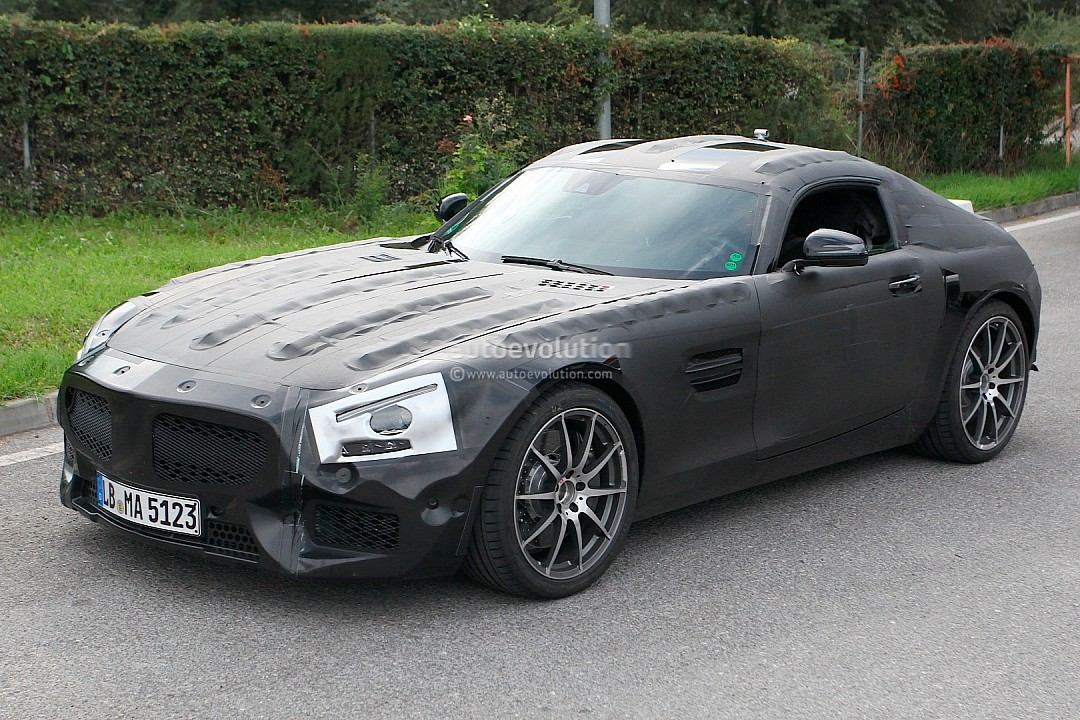 2014 - [Mercedes-AMG] GT [C190] - Page 2 Mercedes-benz-slc-gt-c190-caught-while-being-tested-photo-gallery-720p-2