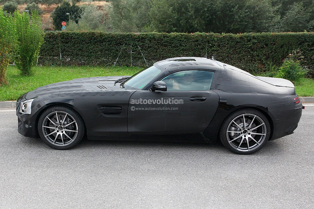 2014 - [Mercedes-AMG] GT [C190] - Page 2 Mercedes-benz-slc-gt-c190-caught-while-being-tested-photo-gallery-720p-3