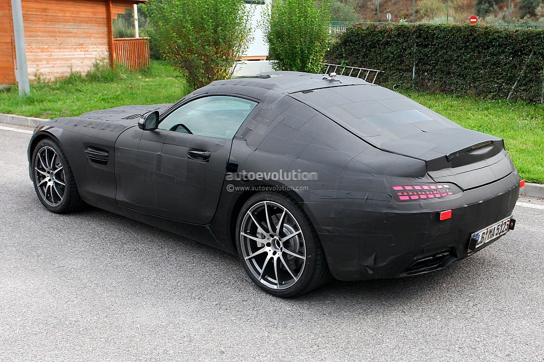 2014 - [Mercedes-AMG] GT [C190] - Page 2 Mercedes-benz-slc-gt-c190-caught-while-being-tested-photo-gallery-720p-4