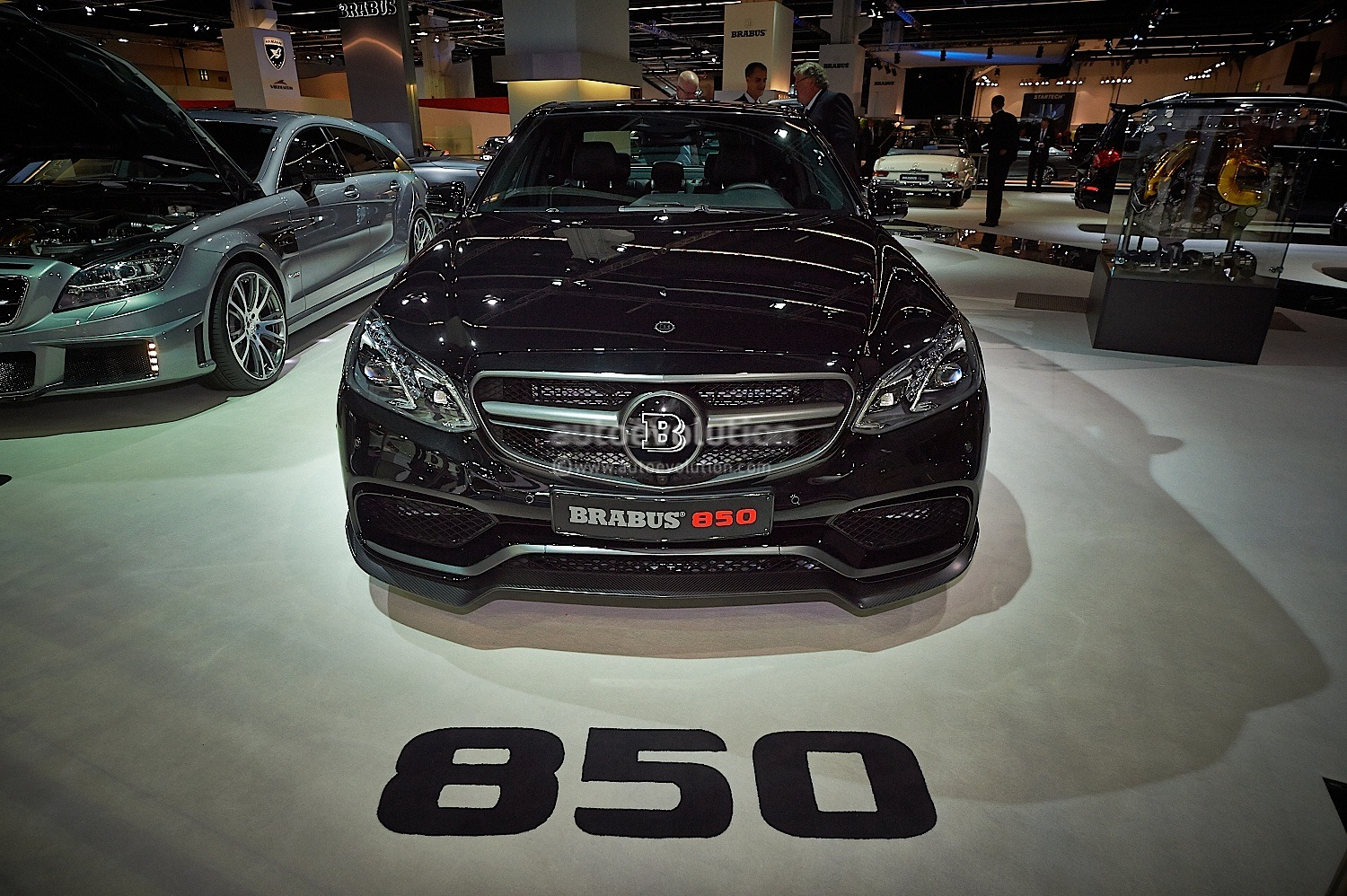 850 Hp Brabus E Class Wants You To Join The Dark Side