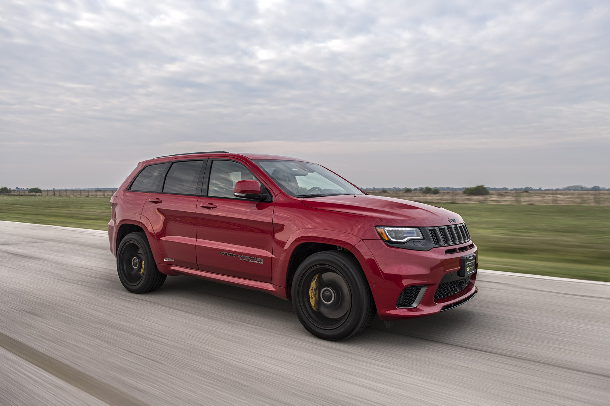850 hp hennessey jeep grand cherokee trackhawk delivers. Black Bedroom Furniture Sets. Home Design Ideas