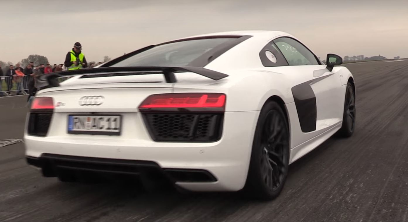 900 Hp Twin Turbo Audi R8 Is Lightning Fast And Brutally Loud