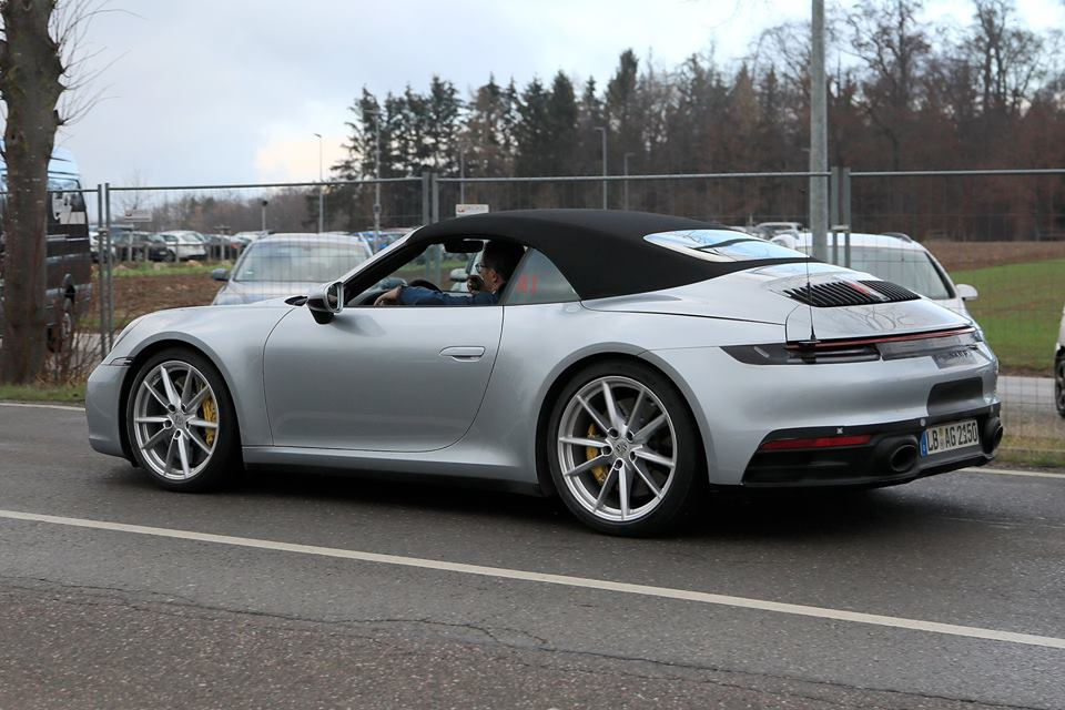 992 porsche 911 cabriolet spied gt3 cabrio rumors grow. Black Bedroom Furniture Sets. Home Design Ideas