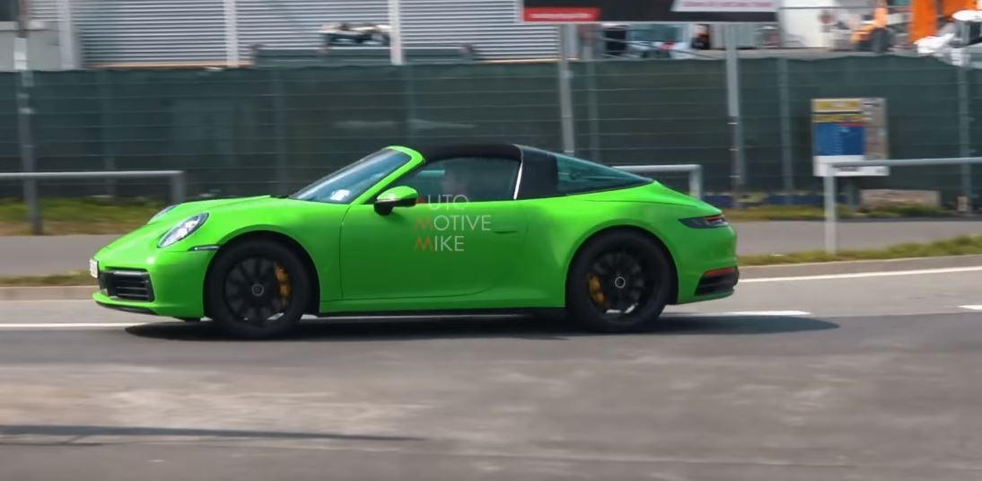2018 - [Porsche] 911 - Page 16 992-porsche-911-targa-rumors-increase-base-model-spotted-at-nurburgring_3