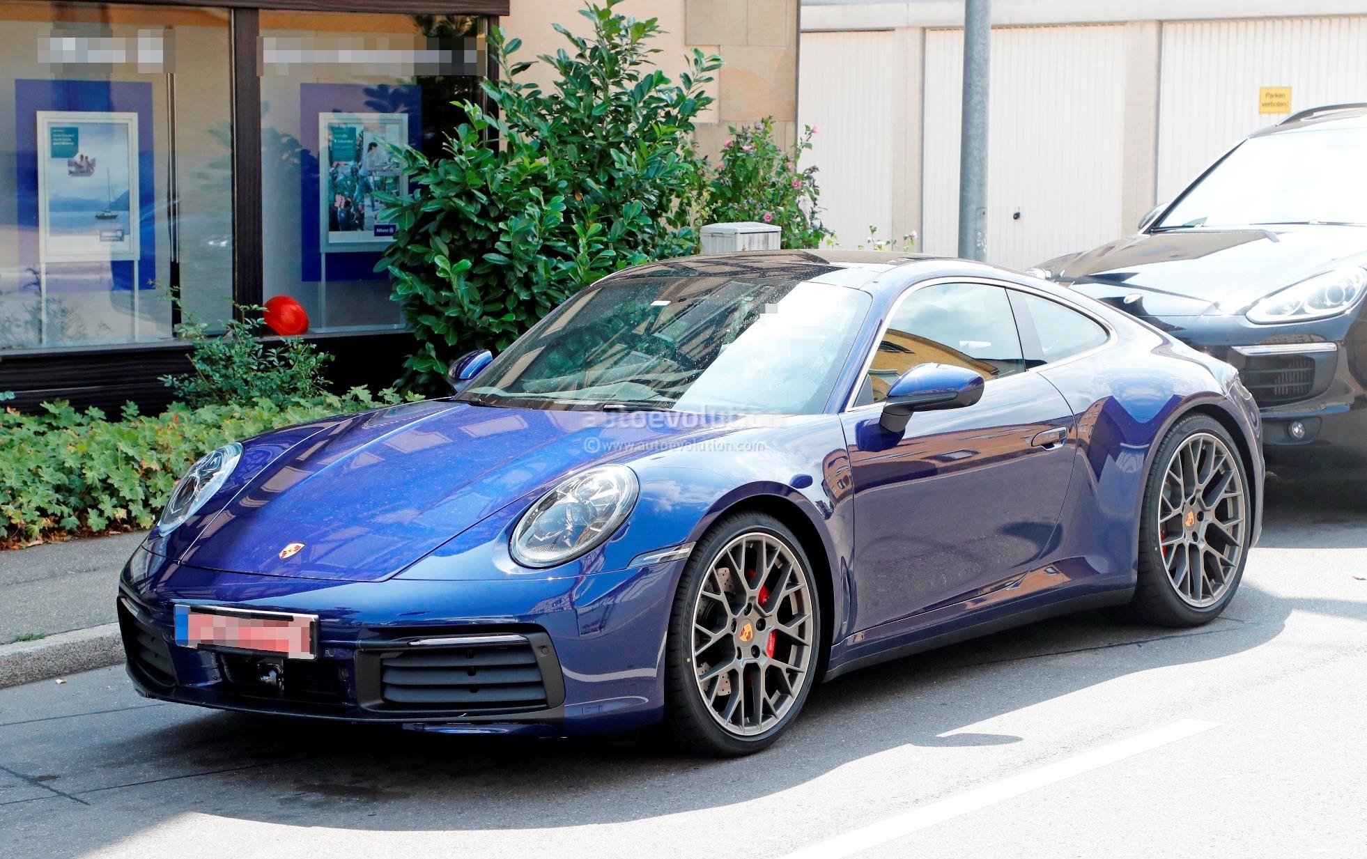 New Porsche 992 >> 2019 Porsche 911 (992) Spied Uncamouflaged, Looks Ready For World Debut - autoevolution