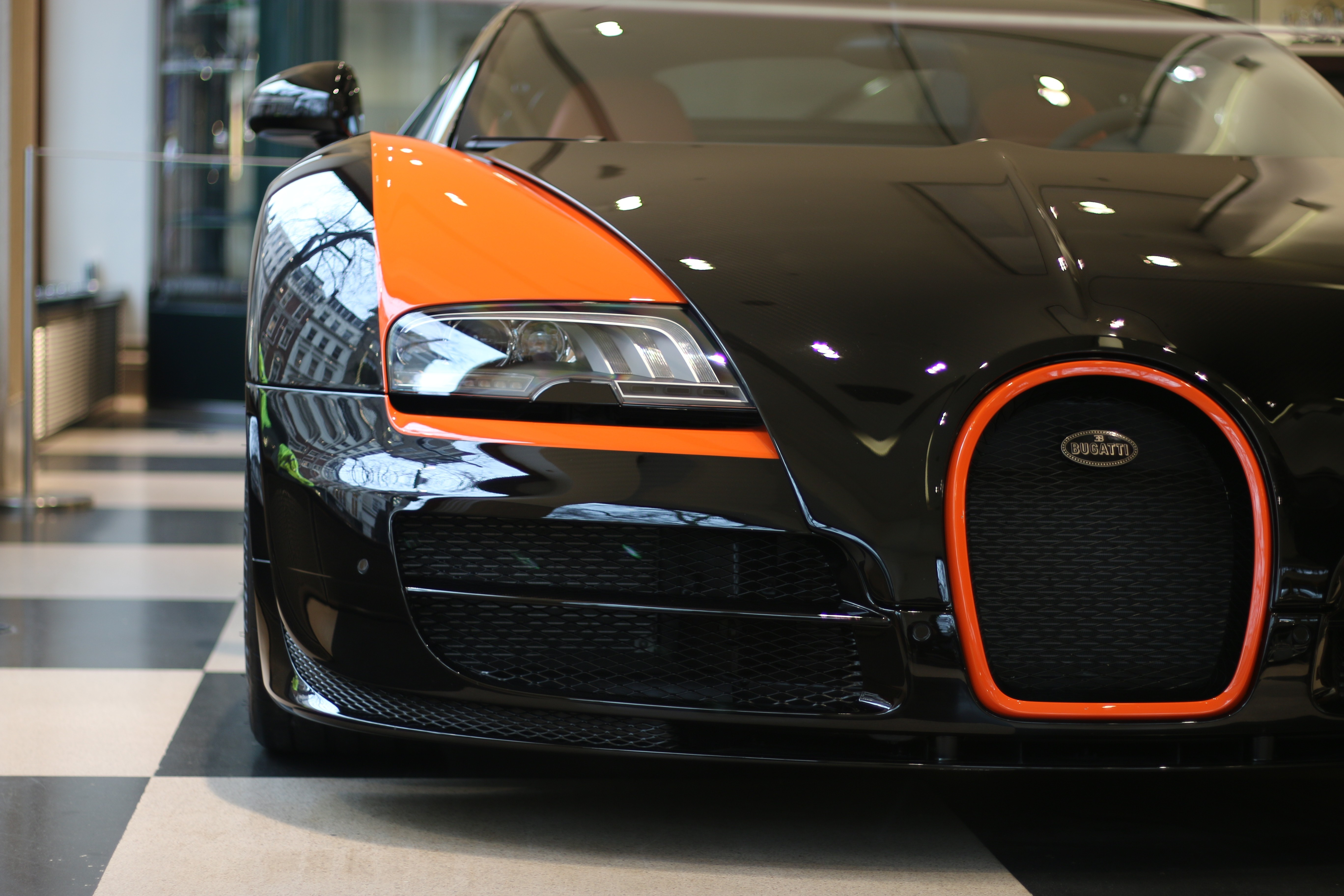 a bugatti veyron grand sport vitesse world record edition is now for sale a. Black Bedroom Furniture Sets. Home Design Ideas