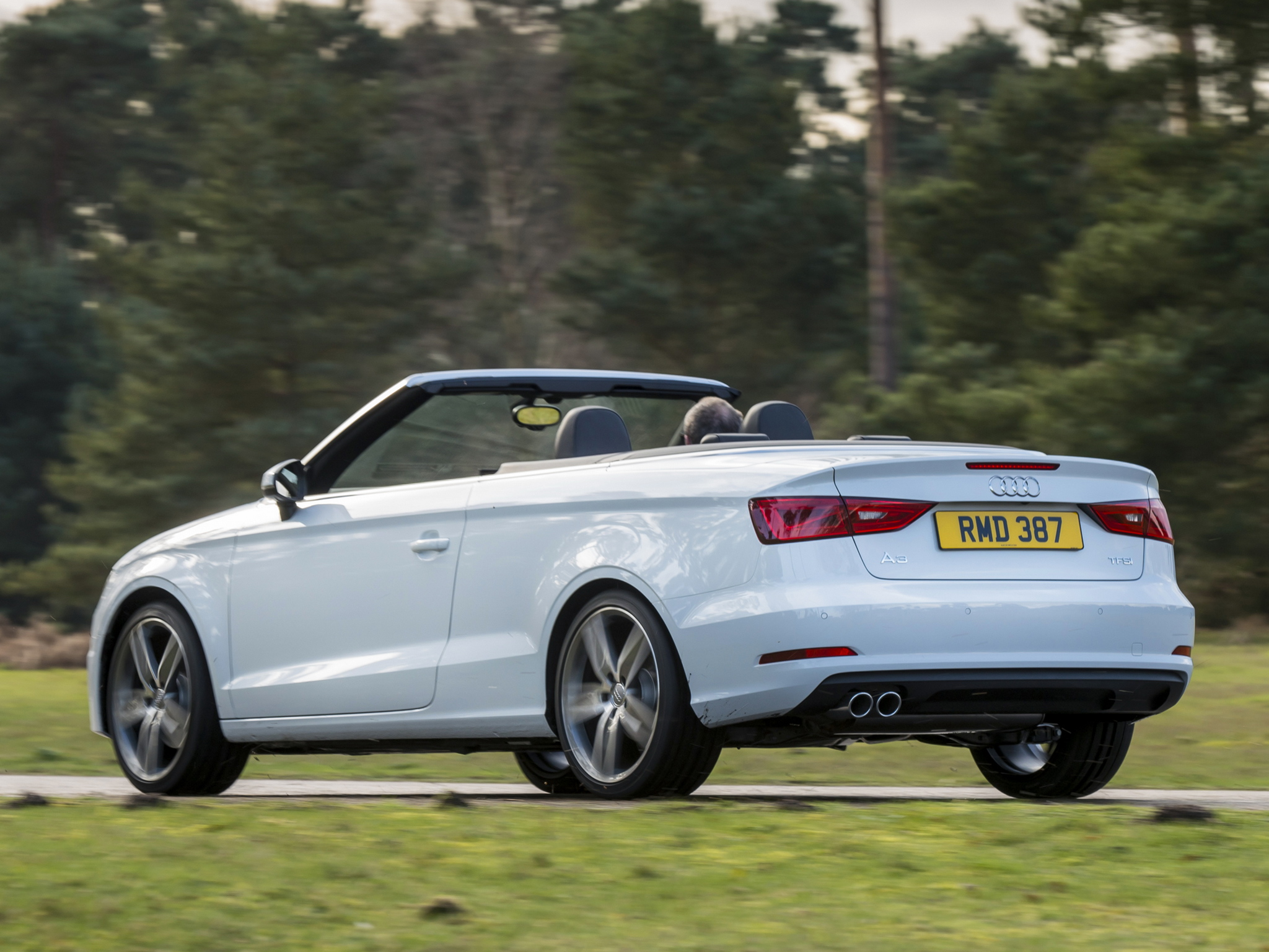 a look at the new audi a3 cabrio with a 1 4 tfsi engine autoevolution. Black Bedroom Furniture Sets. Home Design Ideas
