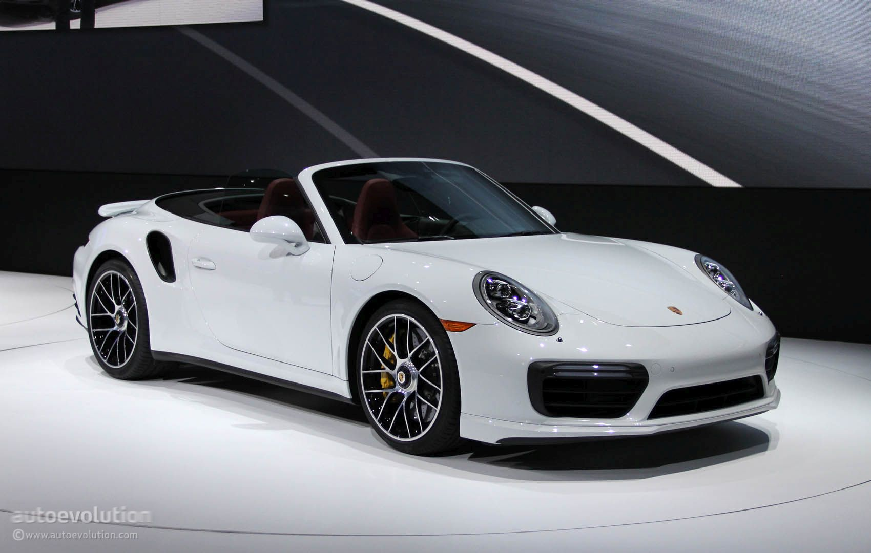 2016 Porsche Panamera Gts >> A Porsche 911 Plug-In Hybrid Might Be Coming, but No Sooner than 2020 - autoevolution