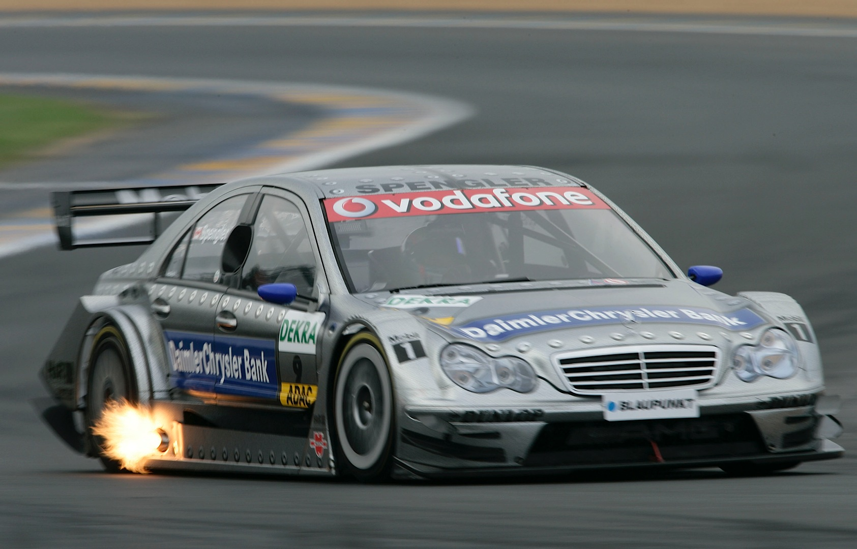 A short history of the mercedes benz c class in dtm for Mercedes benz touring car