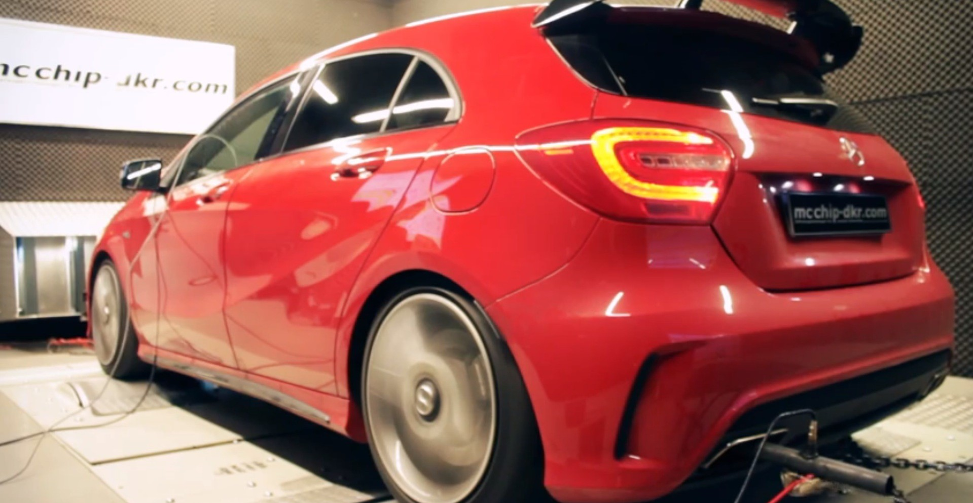a45 amg chip tuned to 440 hp by mcchip autoevolution. Black Bedroom Furniture Sets. Home Design Ideas
