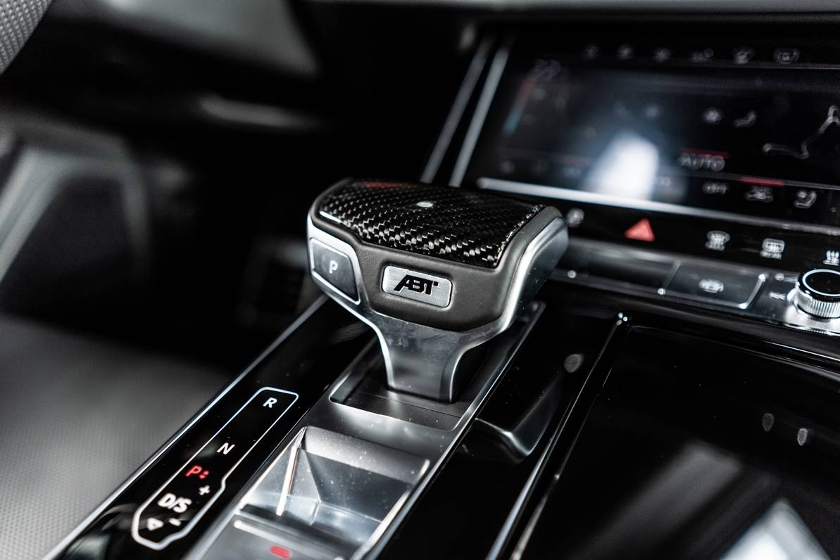 Abt Gives Audi Q8 Carbon Seats 330 Hp For 50 Tdi Engine