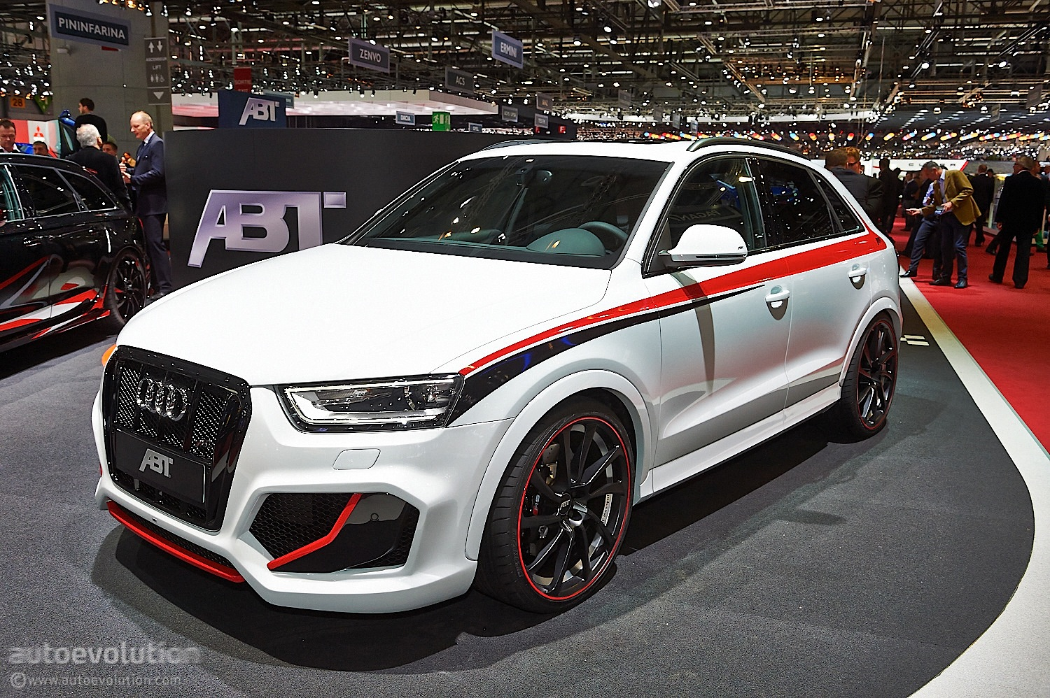abt puts power back into 2 5 tfsi with audi rs q3 tuning project live photos autoevolution. Black Bedroom Furniture Sets. Home Design Ideas