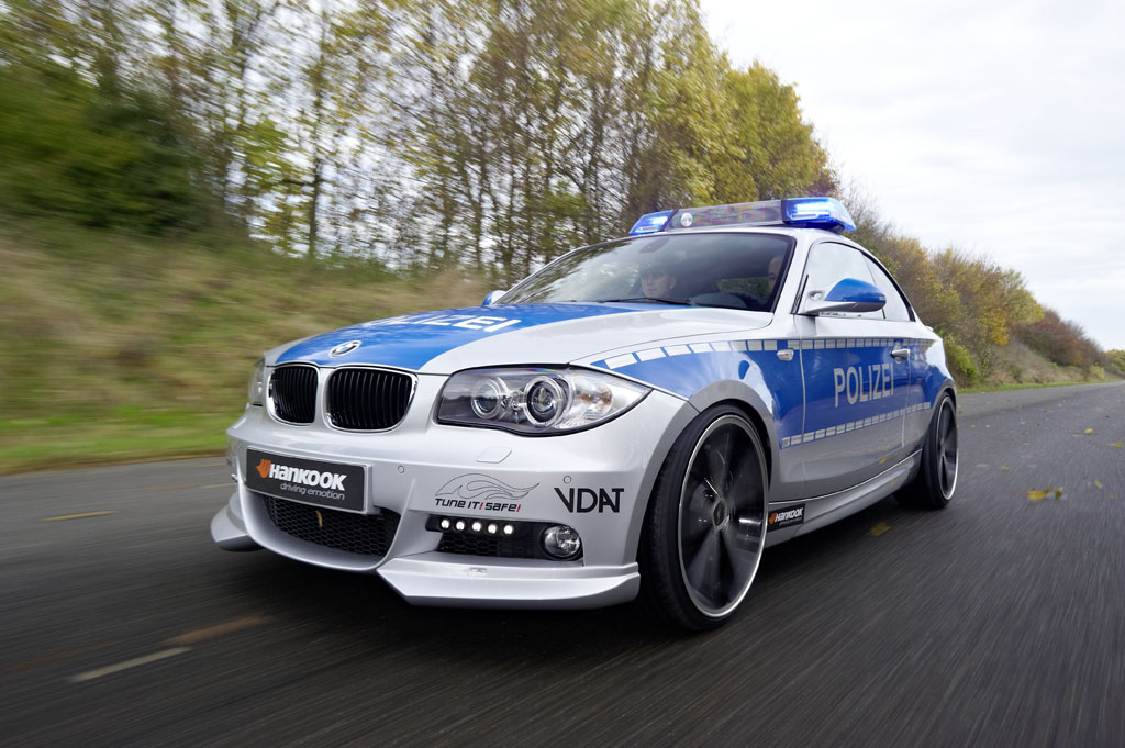 ac schnitzer bmw 123d polizei revealed autoevolution. Black Bedroom Furniture Sets. Home Design Ideas