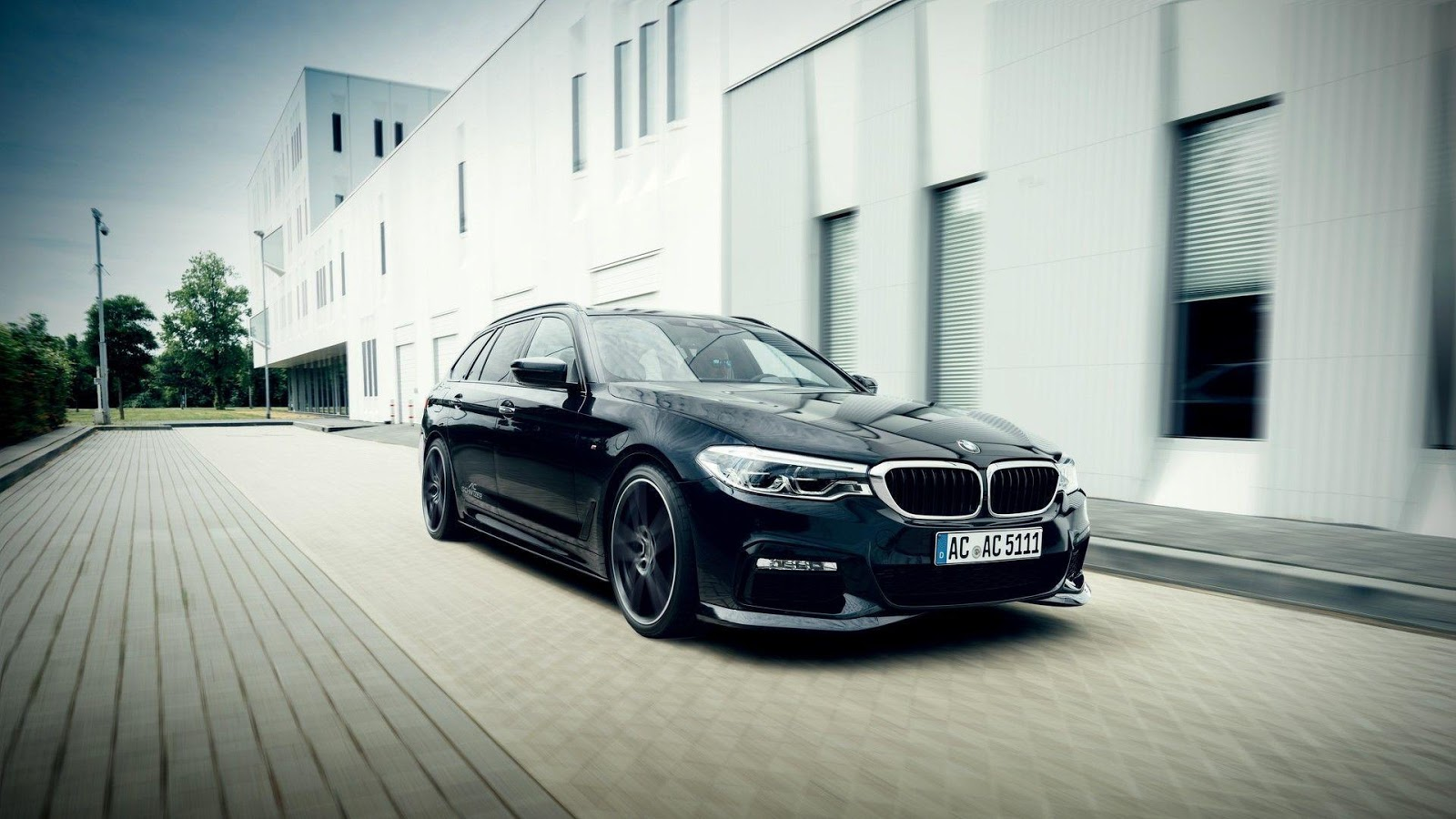 ac schnitzer reveals new bmw 5 series body kit and exhaust autoevolution. Black Bedroom Furniture Sets. Home Design Ideas